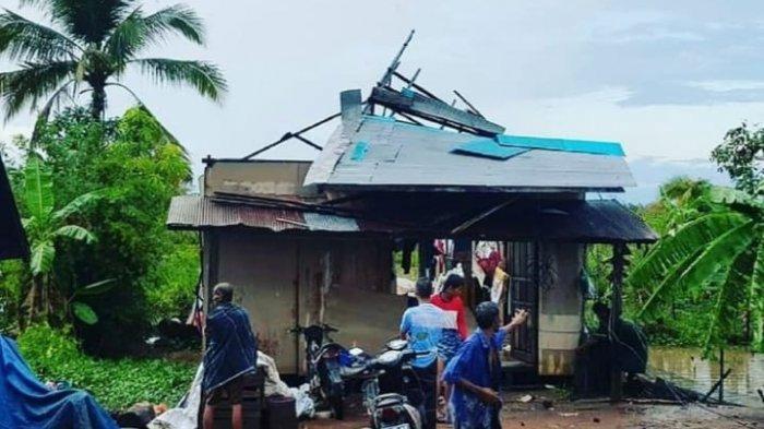 Puting Beliung Kalsel, Rumah Warga di Martapura Barat Rusak Ditiup Angin Kencang