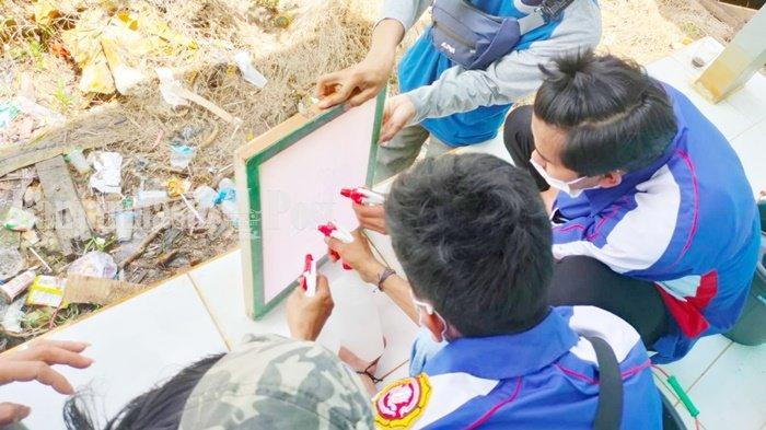 Anggota Karang Taruna Cahaya Baru Kabupaten Batola Jalani Pelatihan Sablon Baju