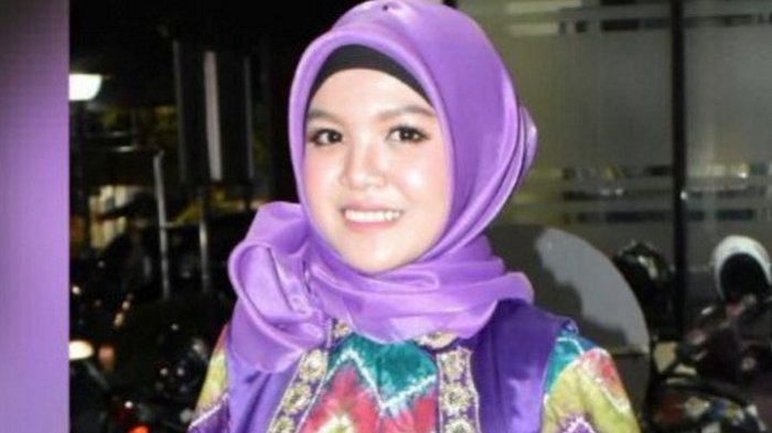 Anisa Wakili Uniska Banjarmasin ke Lomba Pemilihan Mahasiswa Berprestasi se Indonesia