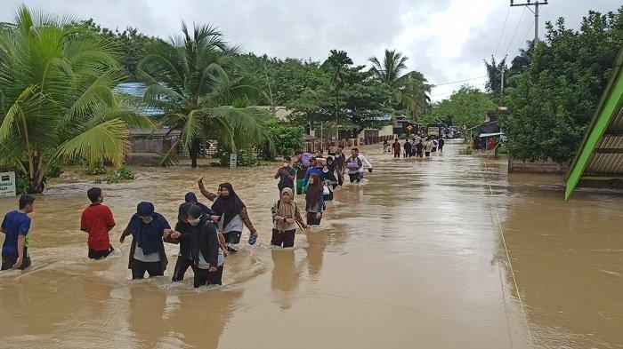 Banjir di Kalsel 2021, Enam Kecamatan di Balangan ...