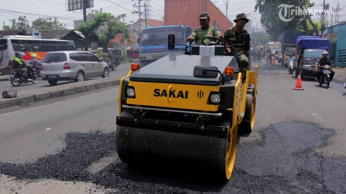Jalan Sultan Adam Gang Famili RT 3 Kelurahan Surgi Mufti Usai Dicor Tak Diondrong