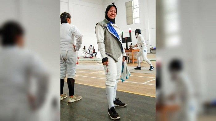 Waktu Latihan Terbagi dengan Mengajar di Sekolah, Atlet  Anggar HST Tetap Optimis Raih Medali Emas
