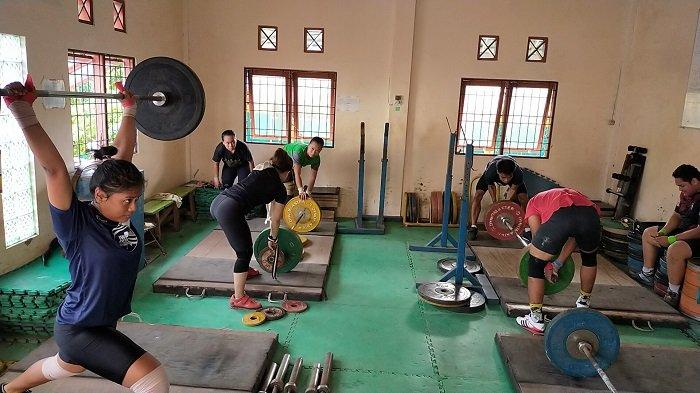 KalselPedia : PPLP Juga Jadi Tempat Latihan Atlet Angkat Besi Kalsel