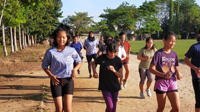 Targetkan Medali di Popda Kalsel, Atlet Atletik Banjarmasin Genjot Latihan