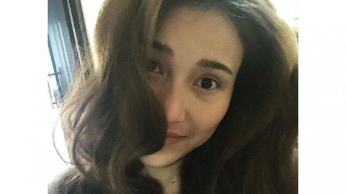 Deretan Potret Wajah Asli Ayu Ting Ting Tanpa Make up, Kini Nominasi Wanita Tercantik Dunia 2021