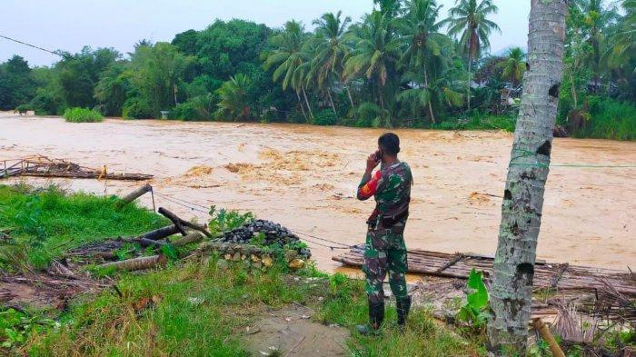 BPBD HST Sebut Sungai Benawa Masih Aman, Warga Diimbau Waspada