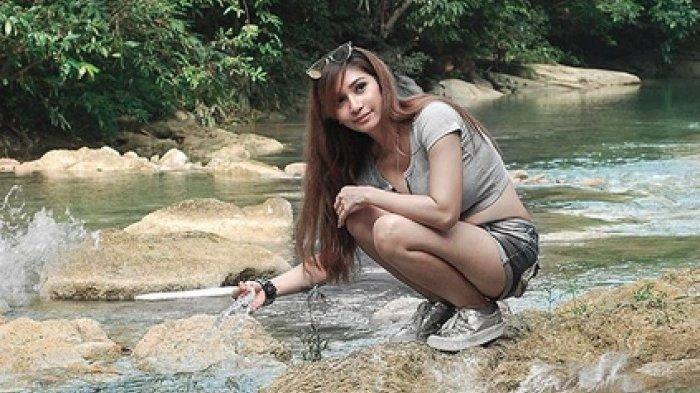 Baby Margaretha Mejeng di Raja Ampat, Objek Fotonya Bikin Gagal Fokus!