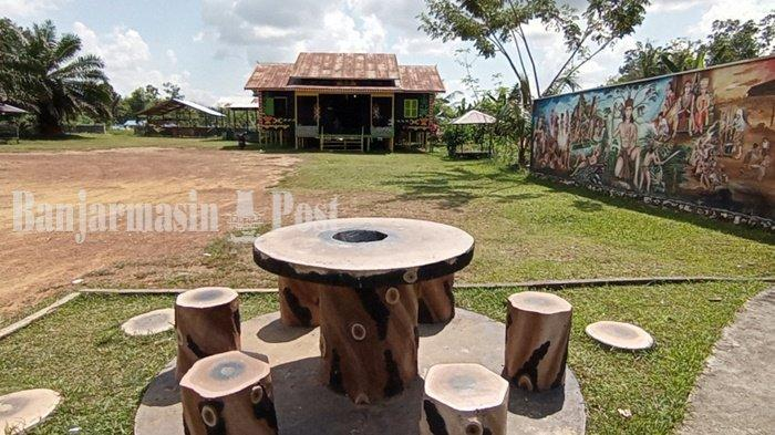 Wisata Kalsel, Bangunan Balai Adat Dayak Maanyan Warukin Gunakan Kayu Ulin