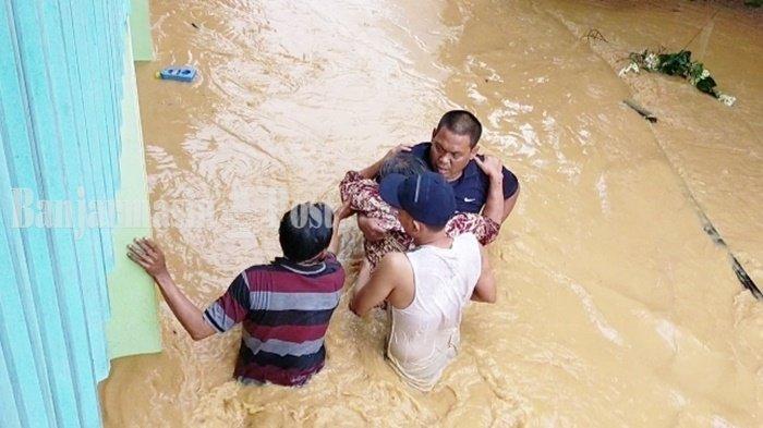 Warga Korban Banjir di Kota Barabai Mulai Diserang Penyakit Gatal
