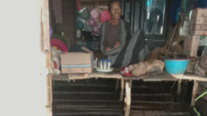 Banjir Kalsel, Rumah Masih Terendam, Warga Sardangan Kusan Tengah Tanbu Buat Tempat Tidur Darurat