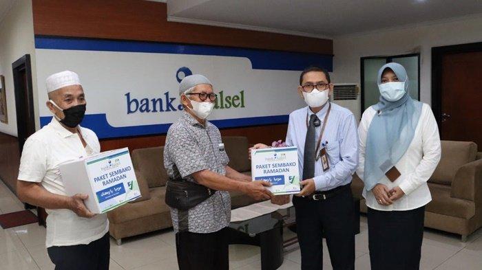 Bank Kalsel Serentak Berikan Paket Ramadan Se-Kalsel