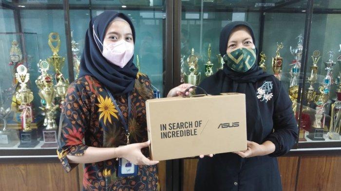 TK Alquran dan TK Islam Al Fatihah Dapat Bantuan Laptop dari Bank Kalsel