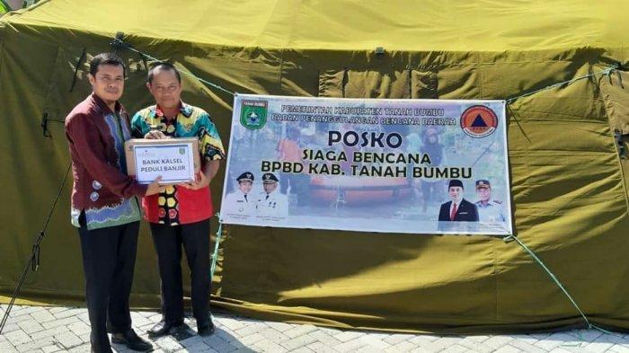 Bank Kalsel Salurkan Bantuan untuk Korban Banjir di Tanbu