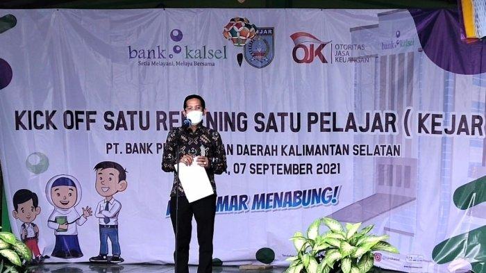 Dukung Program OJK Banua Menabung, Bank Kalsel Gesit Membuka Rekening bagi Pelajar