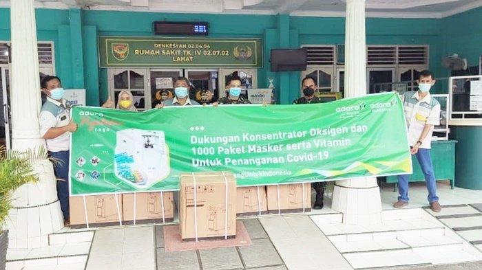 Bantuan perlengkapan kesehatan untuk mendukung penanganan Covid-19 dari PT Mustika Indah Permai (MIP) kepada RS DKT di Kabupaten Lahat, Provinsi Sumatera Selatan.