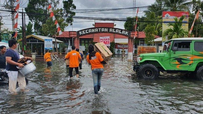 Bantuan PT Unicharm Indonesia untuk Warga Terdampak Banjir di Kabupaten Batola