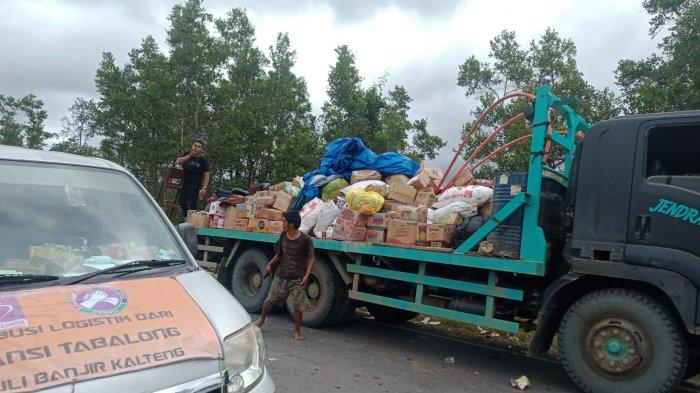 Jalur Darat dari Banjarmasin Terendam Banjir Kalteng, Distribusi Angkutan Bahan Pokok Lewat Sungai