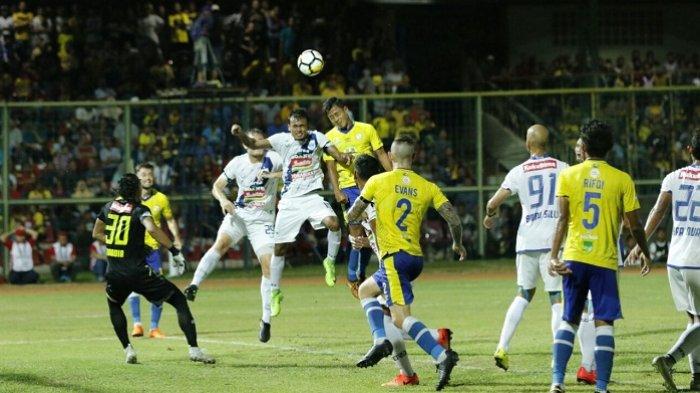 Gol Ketiga Barito Putra vs PSIS Dinyatakan Gol Bunuh Diri, Pora Balas dengan Gol