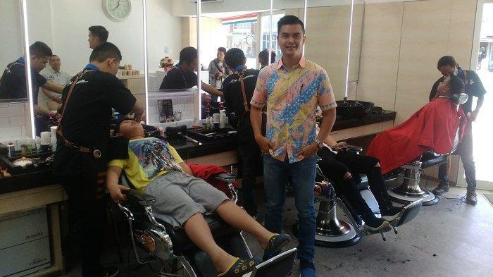 Andrean Tak Jauh Lagi Potong Rambut, di Citra Land Ada Cut Barbershop Premium