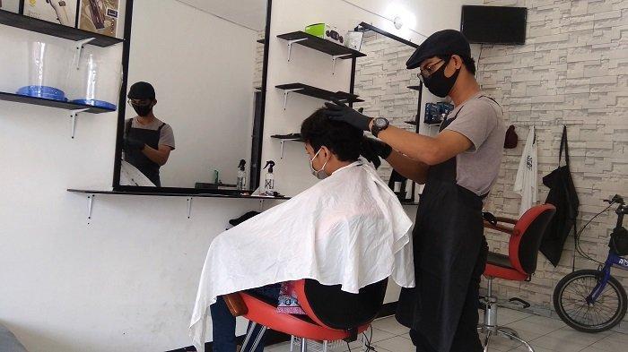Inilah Hukum Mewarnai Rambut bagi Laki-laki Muslim, Boleh Asal Penuhi Kaidah Berikut Ini