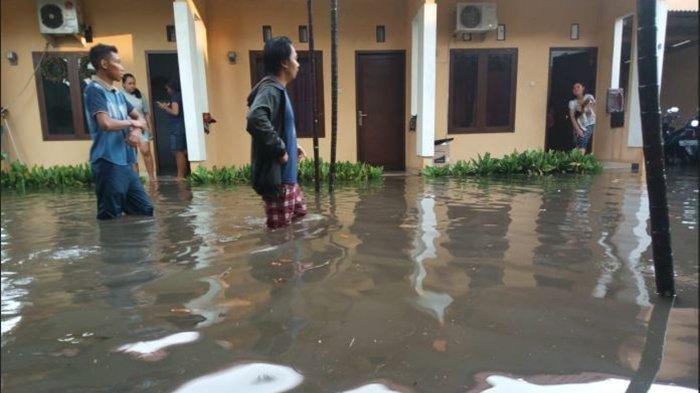 Banjir 1,5 Meter Rendam Sejumlah Titik dan Belasa Kos-kosan di Kota Denpasar, Ini Penyebabnya