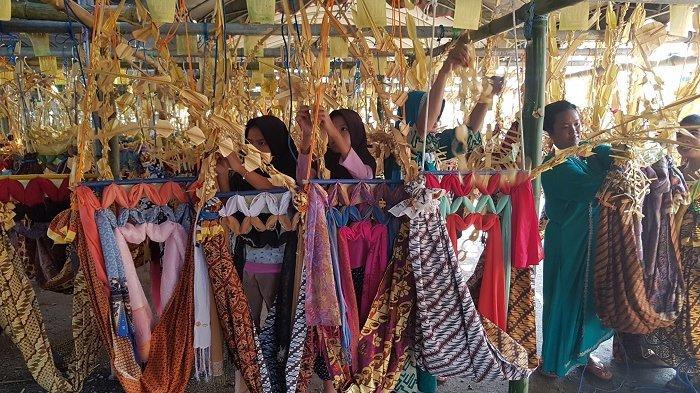 7 Tradisi Masyarakat Indonesia Sambut Maulid Nabi Muhammad SAW, Dilengkapi Sholawat Nabi