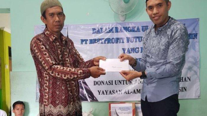 Karyawan BPF Datangi Panti Al-Amin Kayu Tangi Banjarmasin Serahkan Ini