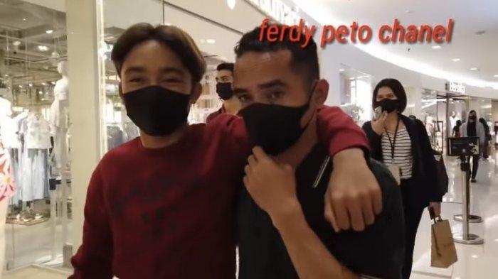 Perlakuan Asli Betrand Peto pada Keluarga Kandung Terekam, Lihat Putra Ruben Onsu & Sarwendah di Mal