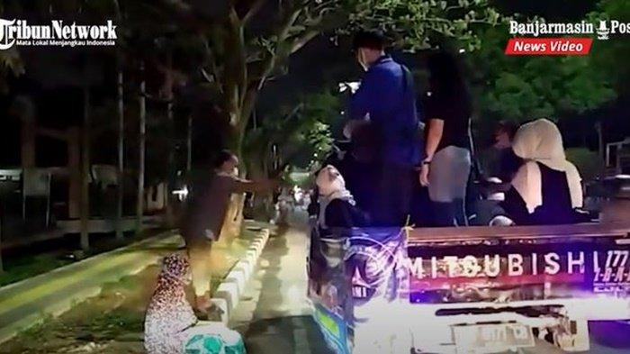 VIDEO DPD BMI Kalsel Bagikan Makanan Sahur di Banjarmasin