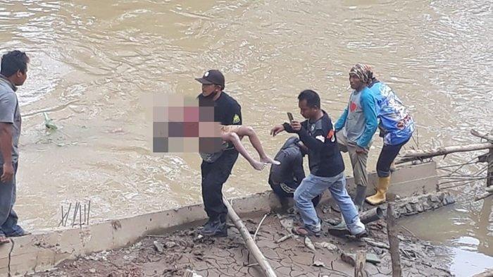 Bocah Tewas Tenggelam di Sungai Desa Astambul Banjar, Mengapung Diantara Tumpukan Batang Bambu