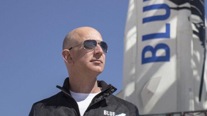 Orang Terkaya di Dunia Jeff Bezos 11 Menit Rasakan Wisata Luar Angkasa: Hari Terbaik yang Pernah Ada