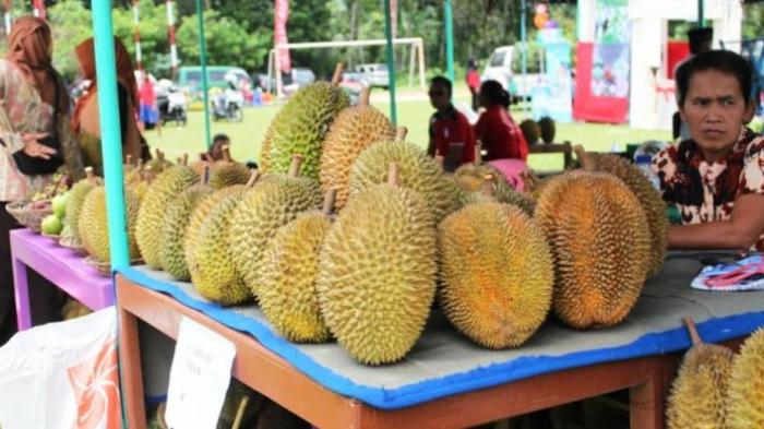 Minum Air dari Kulit Durian, Kepercayaan Lama yang Masih Dipercaya Ampuh
