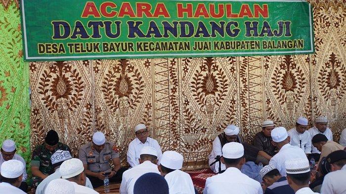 Haul Datu Kandang Haji di Balangan, Bupati Ansharuddin : Jemaah Luar Biasa Banyaknya