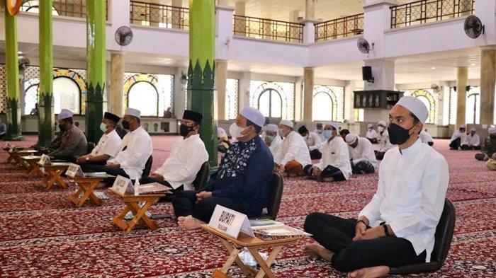 Bupati Banjar H Saidi Mansyur Hadiri Istighosah dan Doa Terhindar dari Covid-19