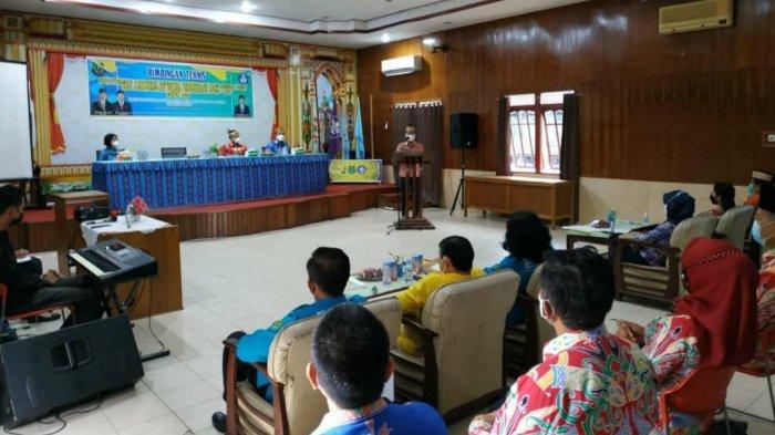 Pada Bimtek Implementasi Program Kesiapan Bersekolah, Ben: Pendidikan Bisa Putus Rantai Kemiskinan
