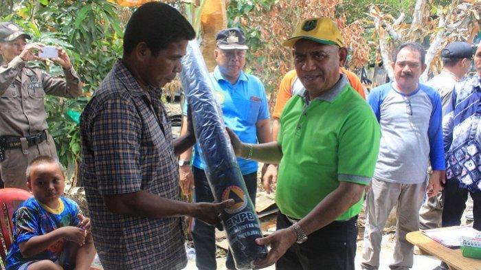 Bupati HSU Abdul Wahid Doakan Korban Kebakaran di Hambuku Baru dan Beri Bantuan