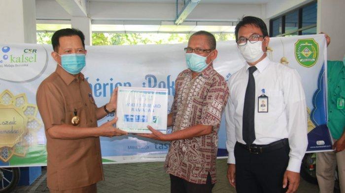 Sebanyak 170 Paket Sembako Ramadhan Disalurkan Bank Kalsel di Kabupaten Tapin