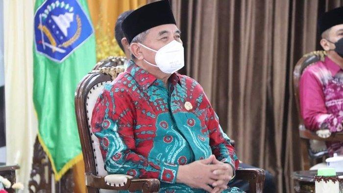 Bupati Hulu Sungai Selatan (HSS), Drs Achmad Fikry, mengikuti secara virtual, Upacara Hari Lahir Pancasila yang dipimpin Presiden RI Joko Widodo (Jokowi), Selasa (1/6/2021).