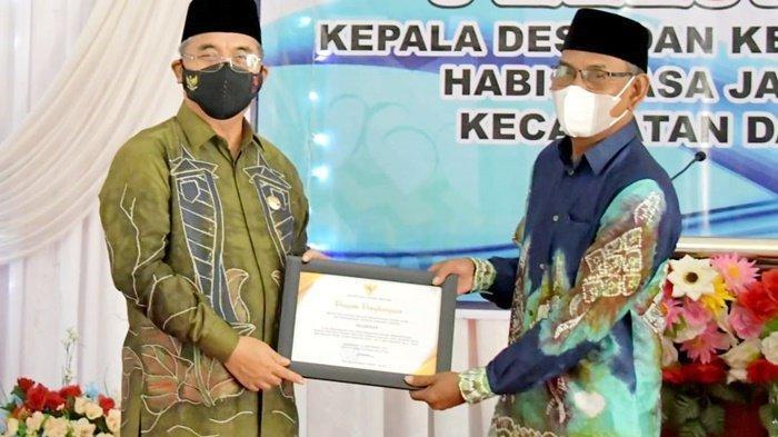 Bupati Achmad Fikry Lepas Kepala Desa Purna Tugas di Daha Utara dan Daha Selatan