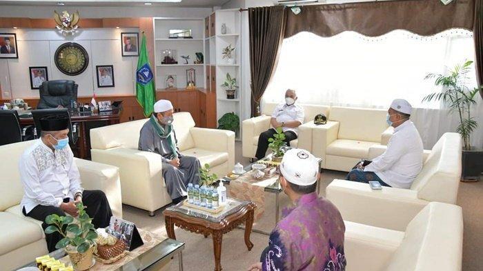 Pemerintah Kabupaten HSS Akan Buka Beasiswa untuk Santri