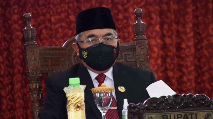 Bupati Hulu Sungai Selatan (HSS) Drs H Achmad Fikry