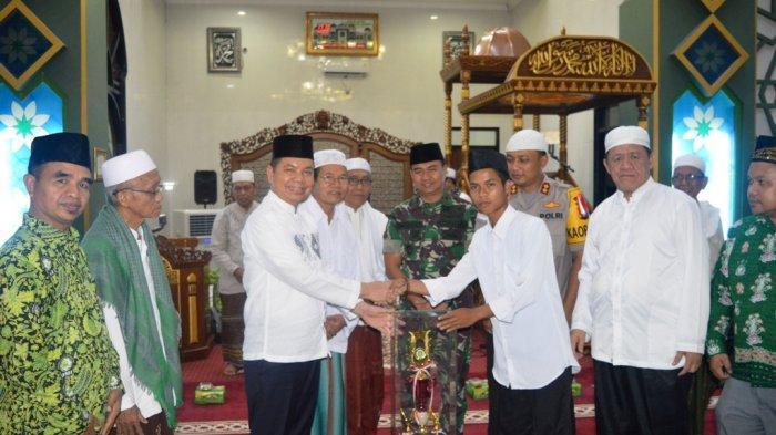 Pesantren Ramadan Ditutup, MAN Kapuas Juara Umum
