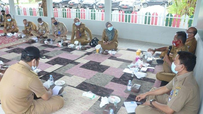 Para Camat di Kabupaten Tanahlaut Diperintahkan Motivasi Warga Disiplin Protokol Kesehatan