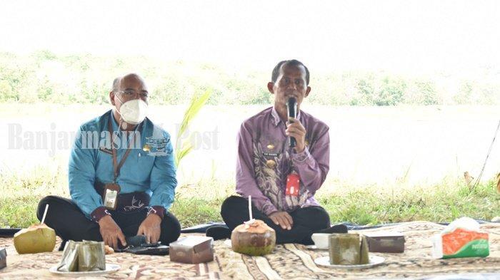 Bupati Tala HM Sukamta menyampaikan arahannya saat rakor camat se-Tala di Desa Damit, Kamis (1/7).