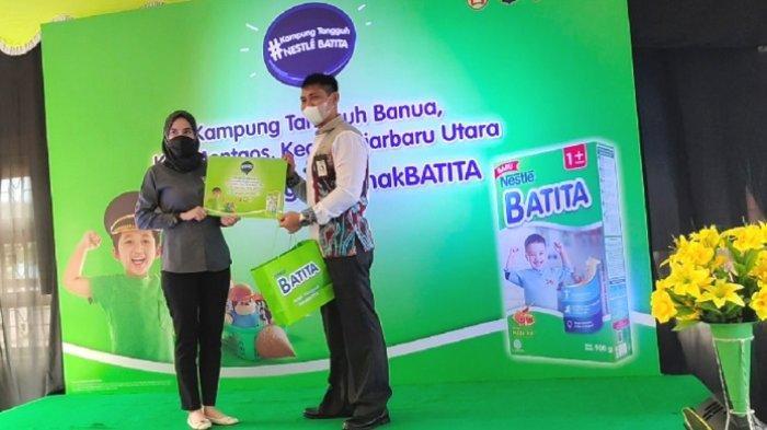 Dukung Pemenuhan Gizi Anak Kampung Tangguh Banua di Banjarbaru Utara,Nestle Bagi Gratis Susu Anak