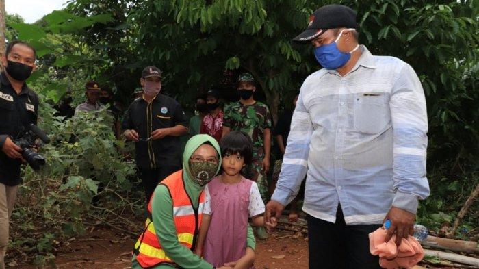 Bocah 6 Tahun di Desa Biih Menderita Kelainan Jantung, Ketua Persit Kodim Martapura Berikan Ini