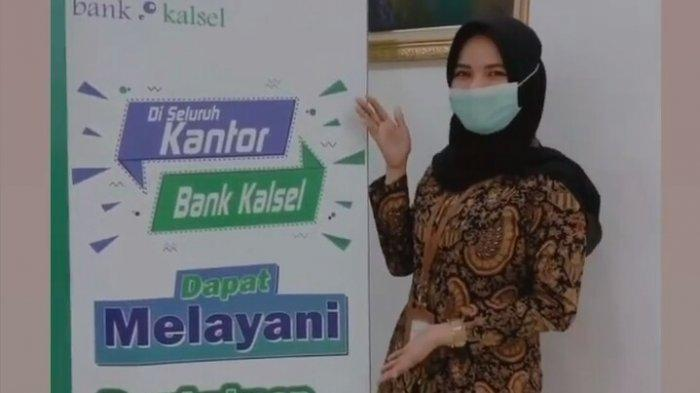 Cukup di Rumah, Buka Tabungan Bank Kalsel Syariah Bisa via M-Banking
