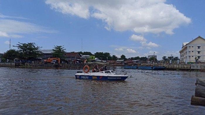 Pencarian Polisi dan Tersangka Penganiaya yang Tenggelam di Sungai Martapura Kalsel Berlanjut