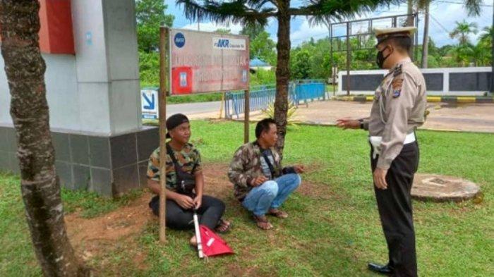 Cegah Kriminalitas, Polisi Banjarbaru Timur Gelar Patroli Dialogis di Kelurahan Bangkal