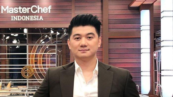 Lihai Memasak Hingga Jari Juri Master Chef Indonesia, Ternyata Chef Arnold Meraihnya Otodidak